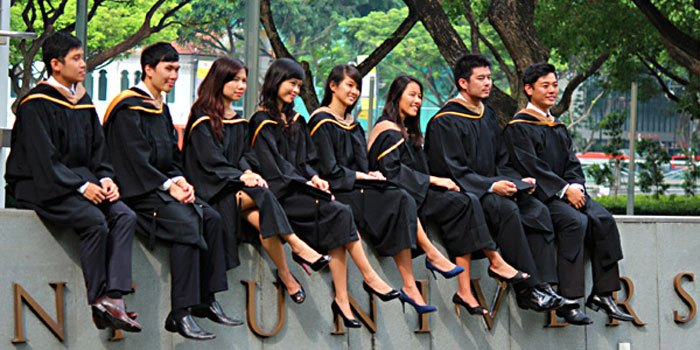 scholarships for Singaporeans students