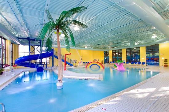 Indoor water playground